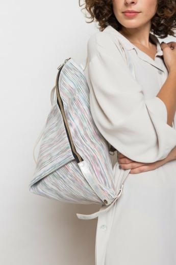 Artista: Delta bőr hátizsák - fehér csíkos