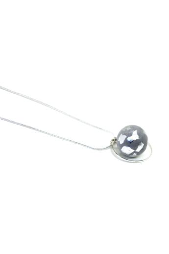 Bibeton: GLOBE ezüstszínű nyaklánc