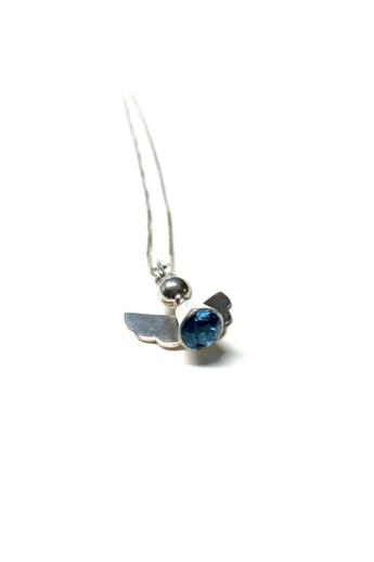 Gaál Gyöngyvér: Swarovski angyal nyakék-ezüst, swarovski kő