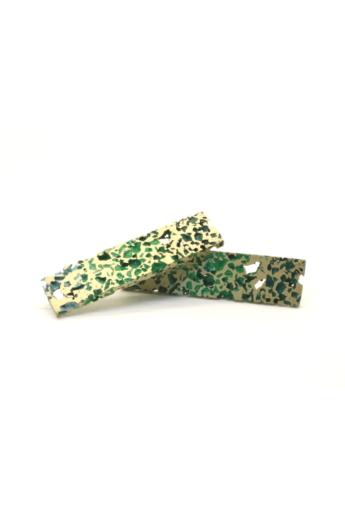 Kinga Horányi: IKIIKI ezüst fülbevaló / zöld pálcika