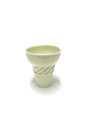 Knetik Dóra: Porcelán fagyitölcsér sárga N1 / magasság 12cm