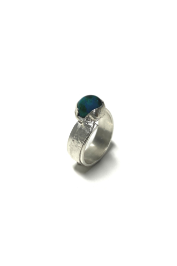 Krizokolla: Kalapált ezüst gyűrű