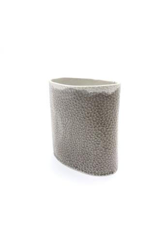 Lantos Judit: Szürke-fehér váza