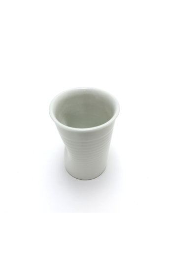 Lantos Judit: Nyomott pohár