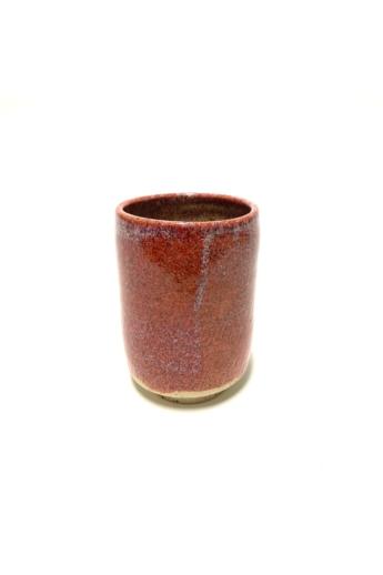 Márta Nóra: Korallszínű, pirites teás bögre / magasság 13cm, ø 9cm