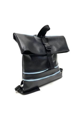 MADO: Square bag zsebbel/ Fekete - kék csíkokkal