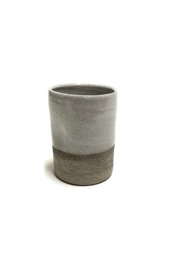 Pastel Ceramics:  Szürke keskeny nyomott bögre / magasság 10cm, ø 7cm