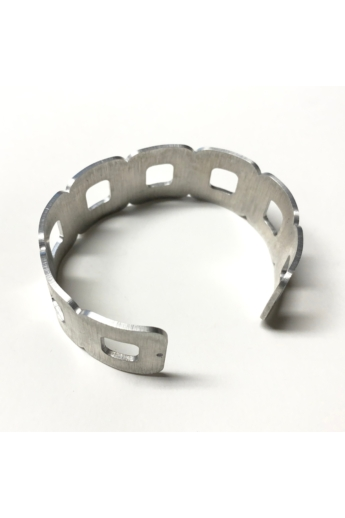 Zemse: Alumínium karkötő N1