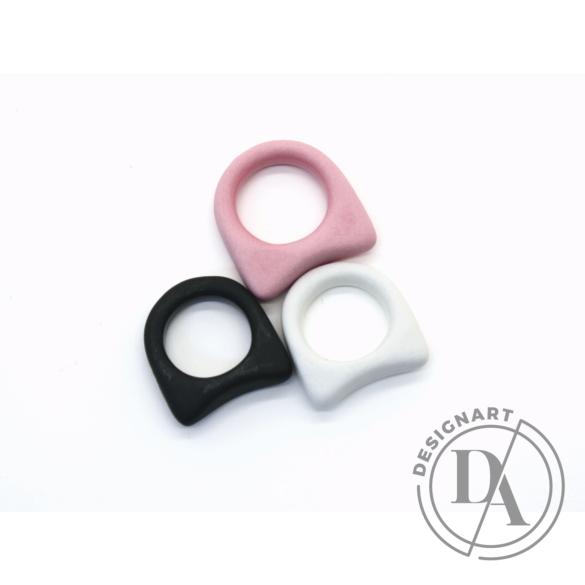 Botos Balázs: Simple Ring Pink