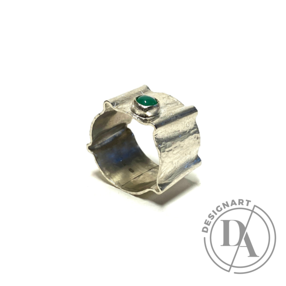 Krizokolla: Széles kalapált ezüst gyűrű
