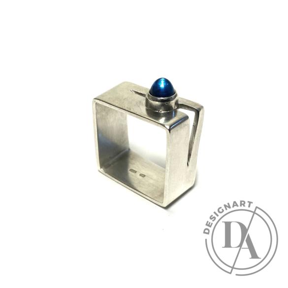 Krizokolla: Szögletes ezüst gyűrű topázzal