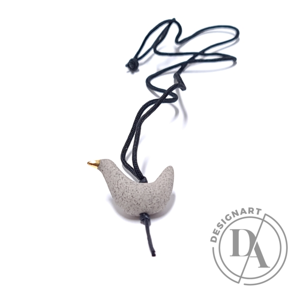 Lantos Judit: Homok szürke madár medál
