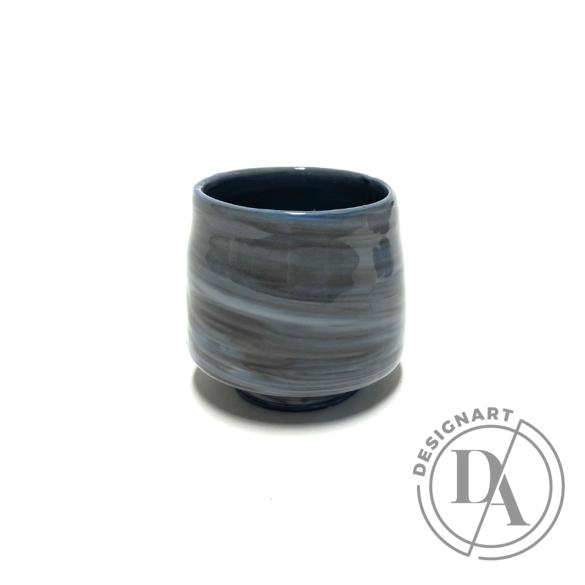 Márta Nóra: Porcelán kávéscsésze n2 / magasság 6cm, ø 6cm