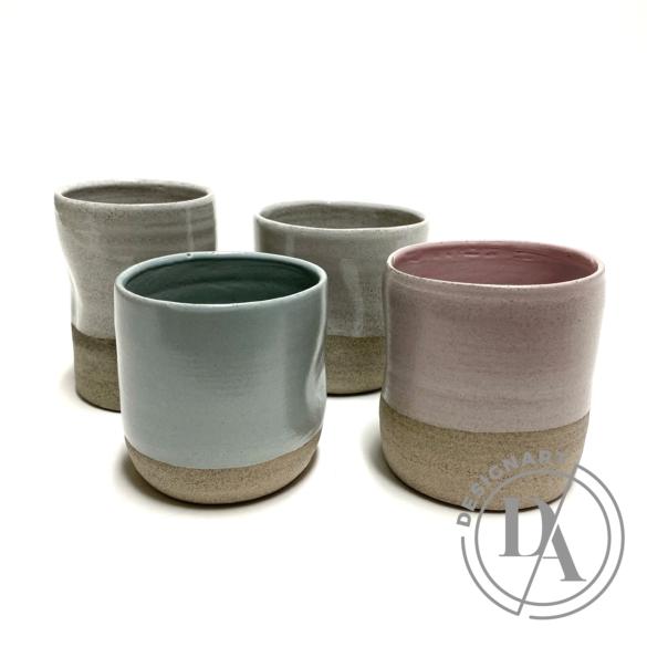 Pastel Ceramics:  Szürke nyomott bögre / magasság 8cm