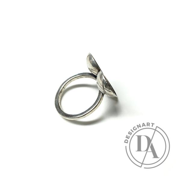 Pasztorniczky Balázs: Gyűrű n8