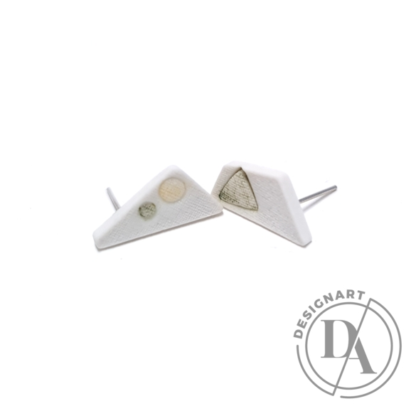 RE Jewel: Szürke pöttyös háromszög porcelán fülbevaló
