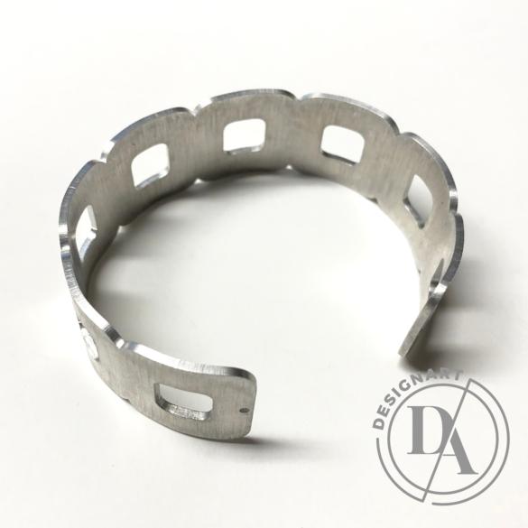 Zemse: Alumínium karkötő N.1